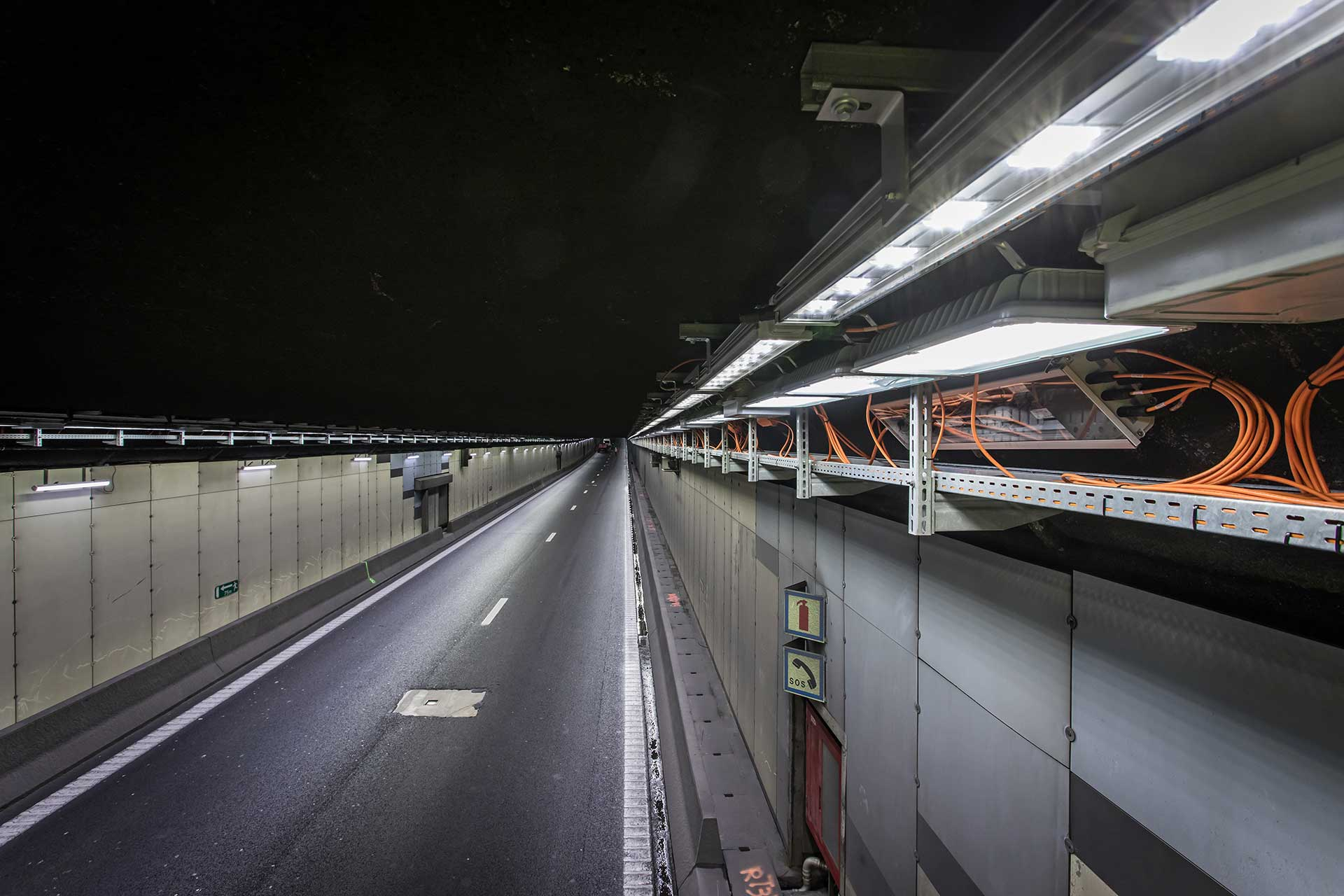 Schréder lights Tervuren Tunnel outside Brussels, making it one of the safest and most sustainable in the country